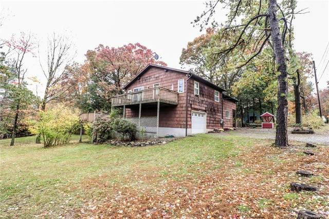 10 Hilltop Drive, New Fairfield, CT 06812 (MLS #170351589) :: Tim Dent Real Estate Group