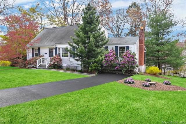 52 Romanock Place, Fairfield, CT 06825 (MLS #170385596) :: Spectrum Real Estate Consultants