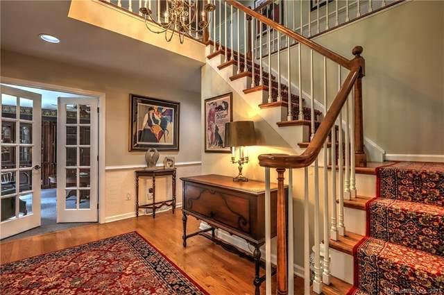 30 Laura Lane, Oxford, CT 06478 (MLS #170417581) :: GEN Next Real Estate