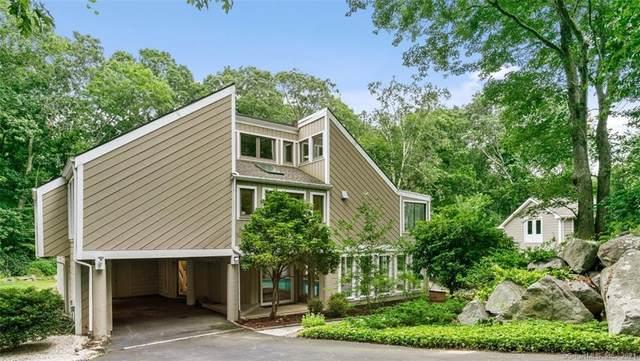 37 Forest Hills Drive, Madison, CT 06443 (MLS #170429389) :: Michael & Associates Premium Properties | MAPP TEAM