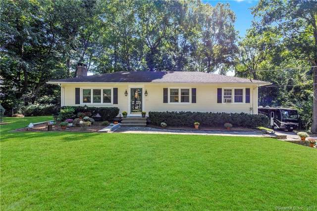 50 Woodland Drive, Essex, CT 06409 (MLS #170438650) :: Chris O. Buswell, dba Options Real Estate