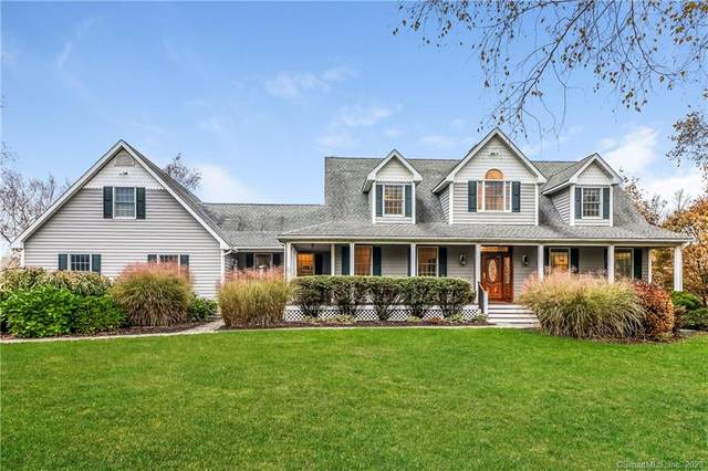142 Chestnut Hill Road, Litchfield, CT 06759 (MLS #170301128) :: Frank Schiavone with William Raveis Real Estate