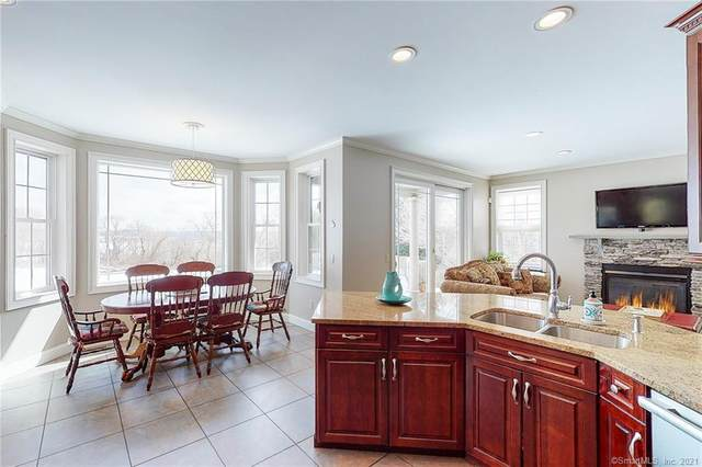 831 Wrights Crossing Road, Pomfret, CT 06259 (MLS #170374369) :: Forever Homes Real Estate, LLC