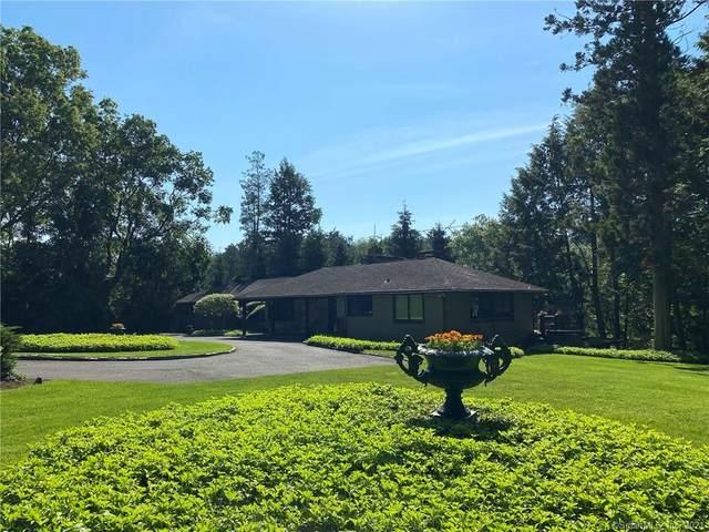 2House Pan Handle Lane, Westport, CT 06880 (MLS #170407252) :: Spectrum Real Estate Consultants