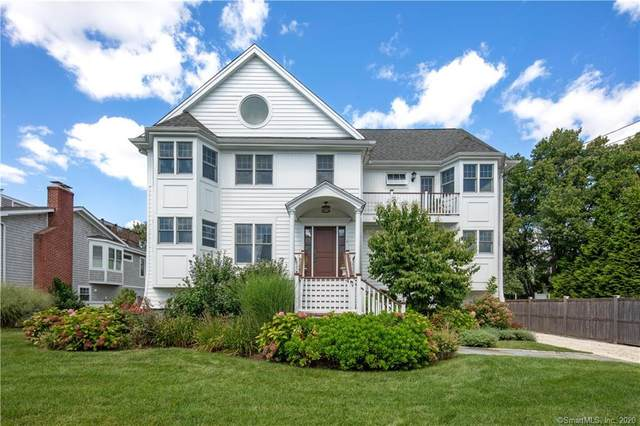 4 Pebble Beach Lane, Westport, CT 06880 (MLS #170228085) :: Frank Schiavone with William Raveis Real Estate