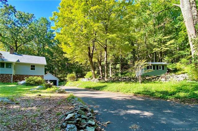35 Hopewell Woods Road, Redding, CT 06896 (MLS #170439758) :: Chris O. Buswell, dba Options Real Estate