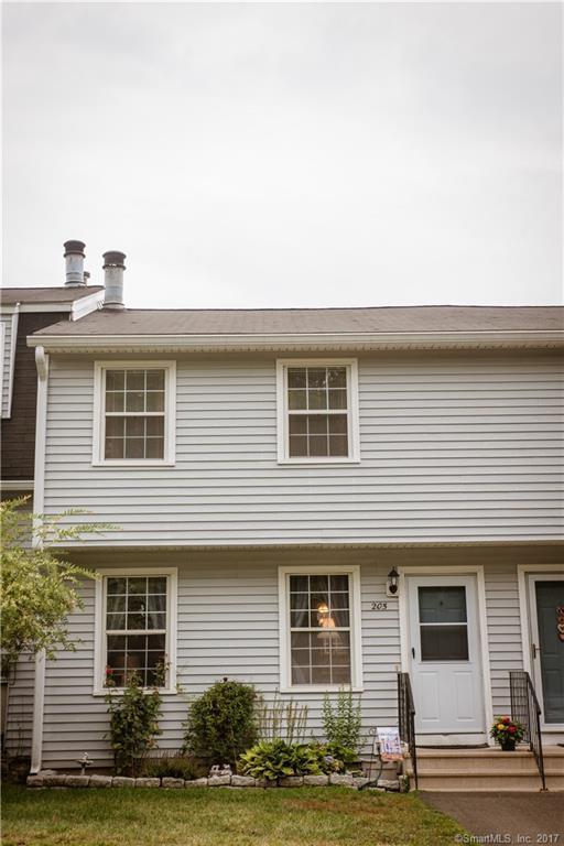 205 Austin Ryer Lane #205, Branford, CT 06405 (MLS #170005386) :: Carbutti & Co Realtors