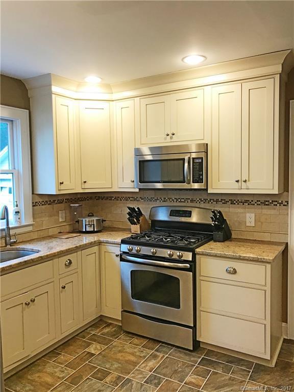 108 Dewey Avenue, Milford, CT 06460 (MLS #170006547) :: Carbutti & Co Realtors