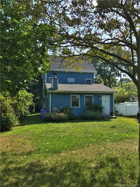 19 Clinton Avenue, Old Saybrook, CT 06475 (MLS #170017096) :: Carbutti & Co Realtors