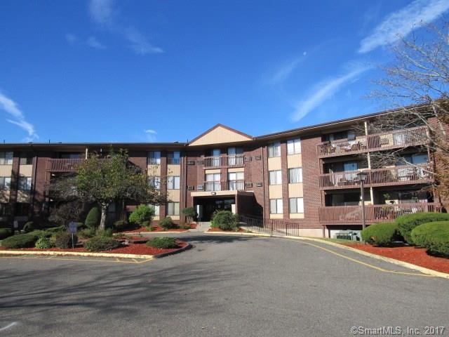 1110 Cromwell Hills Drive #1110, Cromwell, CT 06416 (MLS #170022365) :: Carbutti & Co Realtors