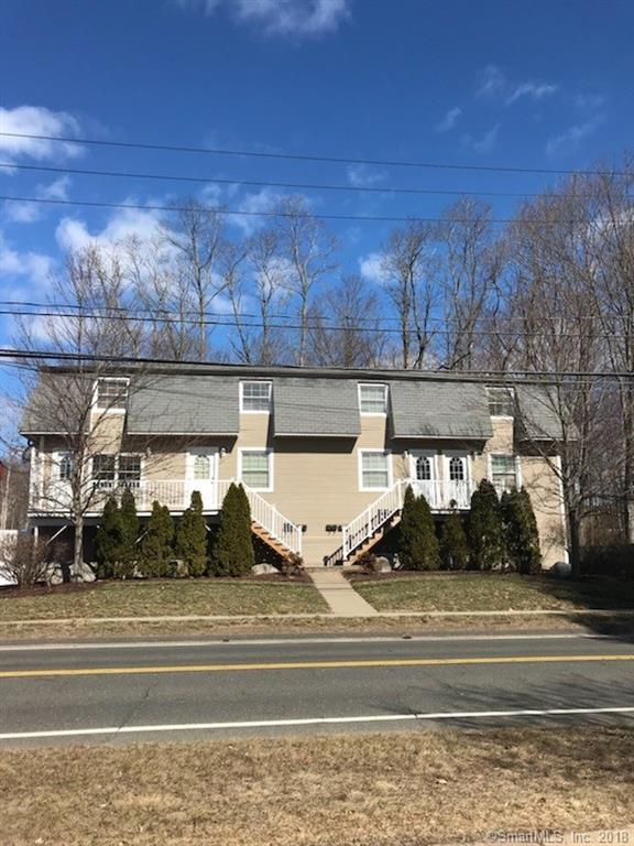 39 New Britain Avenue #2, Farmington, CT 06085 (MLS #170058527) :: Carbutti & Co Realtors