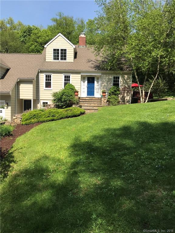 7 Blueberry Hill Road, Redding, CT 06896 (MLS #170085035) :: The Higgins Group - The CT Home Finder