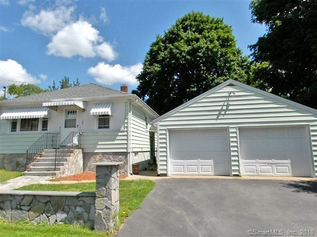 186 Marigold Avenue, Bridgeport, CT 06606 (MLS #170087391) :: The Higgins Group - The CT Home Finder