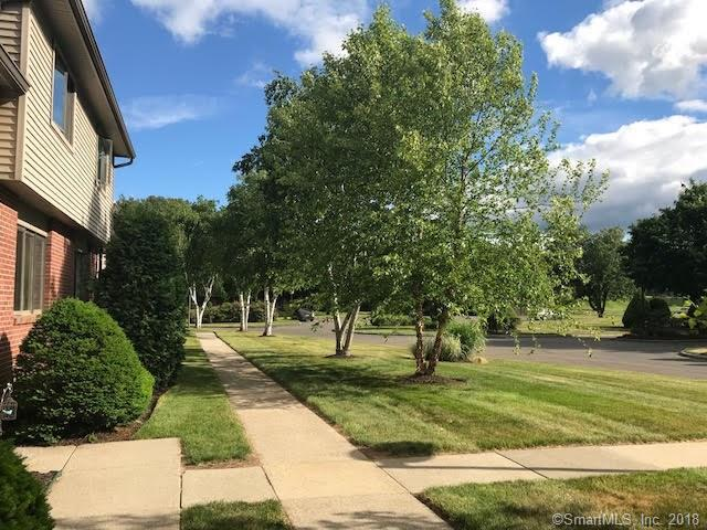 441 S Main Street #71, Manchester, CT 06040 (MLS #170096274) :: Hergenrother Realty Group Connecticut