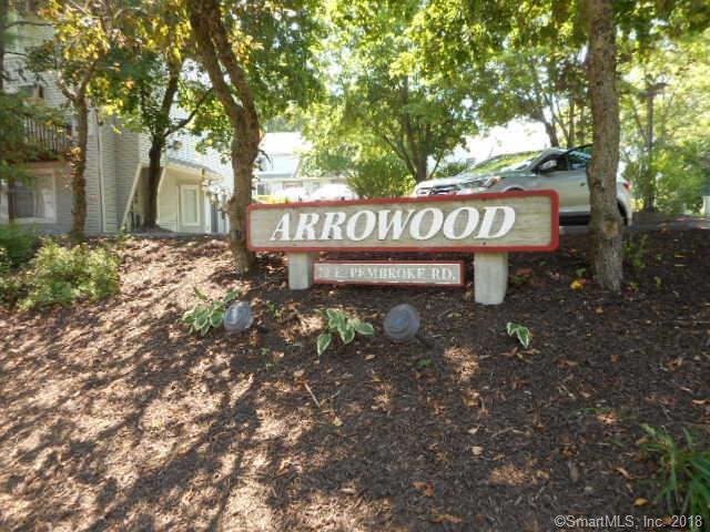 20 E Pembroke Road #51, Danbury, CT 06811 (MLS #170099295) :: Carbutti & Co Realtors