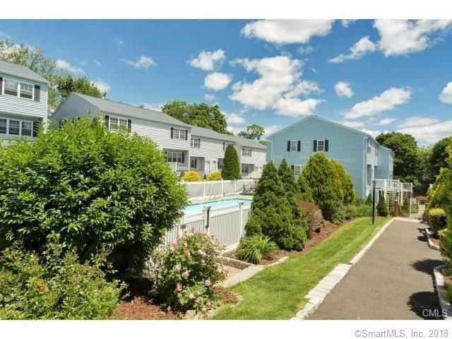 26 Prospect Avenue E2, Norwalk, CT 06850 (MLS #170107905) :: The Higgins Group - The CT Home Finder
