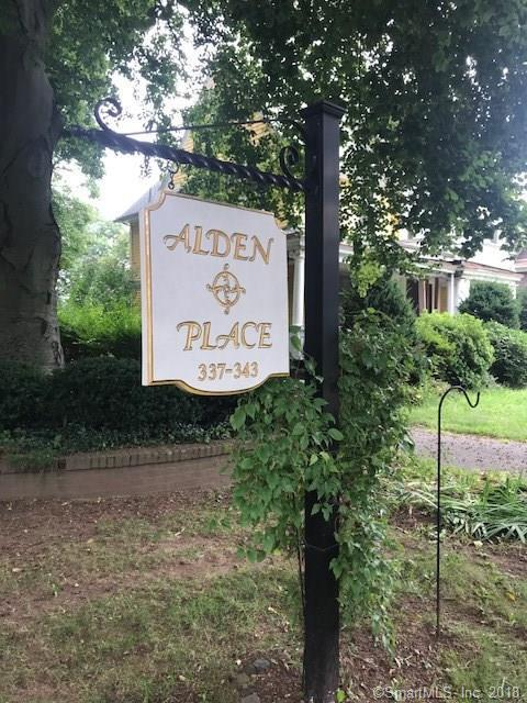 341 Alden Avenue #12, New Haven, CT 06515 (MLS #170127267) :: Carbutti & Co Realtors