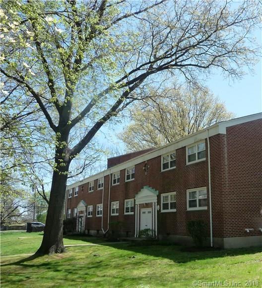 20 Courtland Avenue #2, Stamford, CT 06902 (MLS #170127920) :: Carbutti & Co Realtors