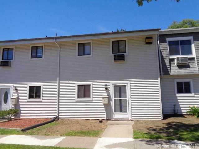 91 Sutton Place #91, Bloomfield, CT 06002 (MLS #170137613) :: Stephanie Ellison