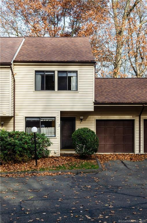 48 Idlewood #48, Bethel, CT 06801 (MLS #170142375) :: Hergenrother Realty Group Connecticut