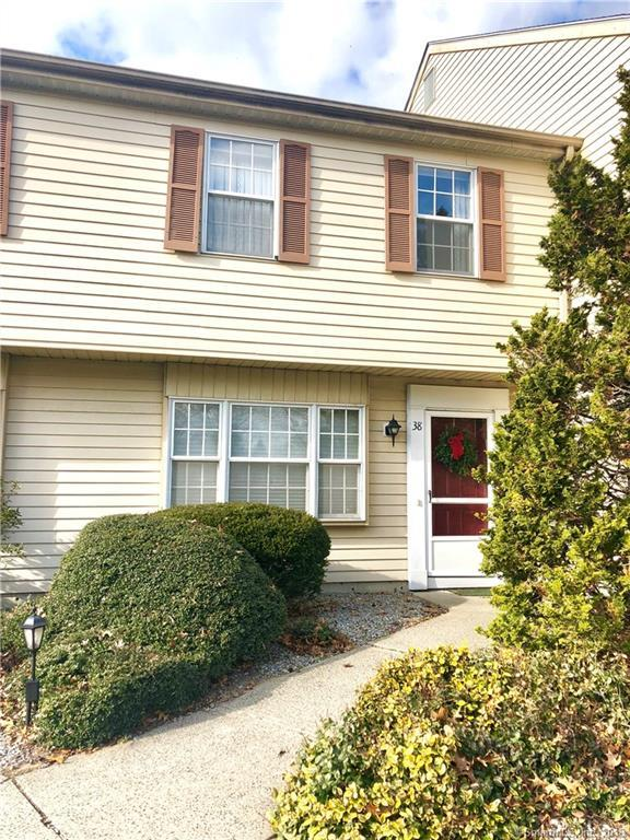 38 Brantwood Drive #38, Madison, CT 06443 (MLS #170149204) :: Carbutti & Co Realtors