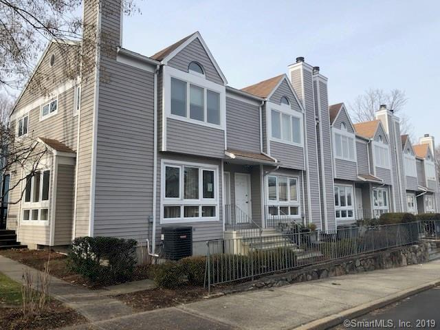 16 Byington Place #1, Norwalk, CT 06850 (MLS #170153928) :: Hergenrother Realty Group Connecticut