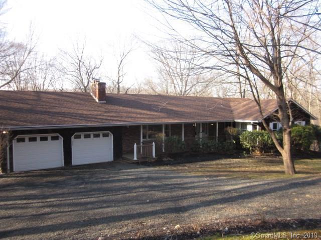 21 Evergreen Drive, Woodbridge, CT 06525 (MLS #170160420) :: Carbutti & Co Realtors