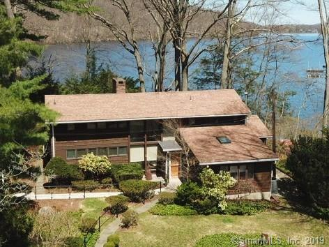 15 Sunset Drive, Danbury, CT 06811 (MLS #170185343) :: The Higgins Group - The CT Home Finder