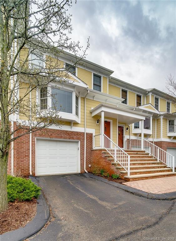 11 Saint John Street E10, North Haven, CT 06473 (MLS #170185628) :: Carbutti & Co Realtors