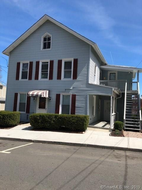 5 Foster Street, Danbury, CT 06810 (MLS #170185771) :: Michael & Associates Premium Properties | MAPP TEAM