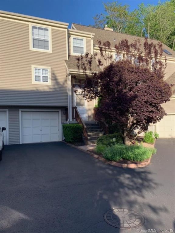 703 Foxboro Drive #703, Norwalk, CT 06851 (MLS #170198080) :: Michael & Associates Premium Properties | MAPP TEAM