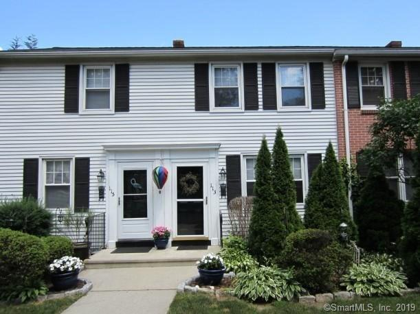113 Sylvan Knoll Road, Stamford, CT 06902 (MLS #170198166) :: Michael & Associates Premium Properties | MAPP TEAM