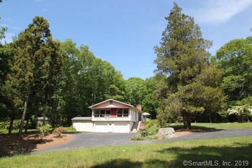 52 Laurel Hill Drive, East Lyme, CT 06357 (MLS #170198549) :: Spectrum Real Estate Consultants