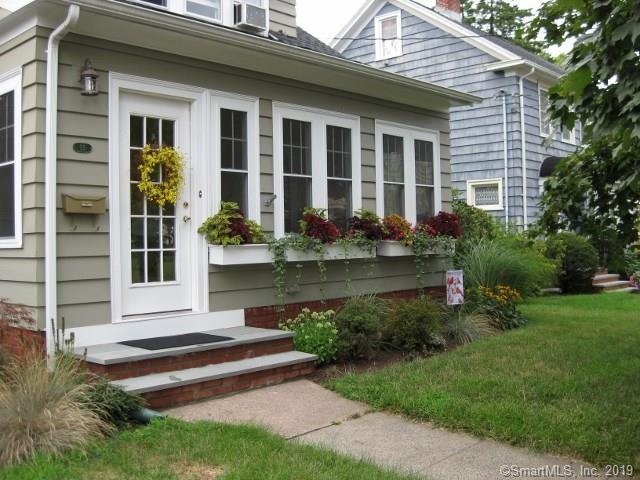 55 Lake Street, Hamden, CT 06517 (MLS #170199041) :: Carbutti & Co Realtors