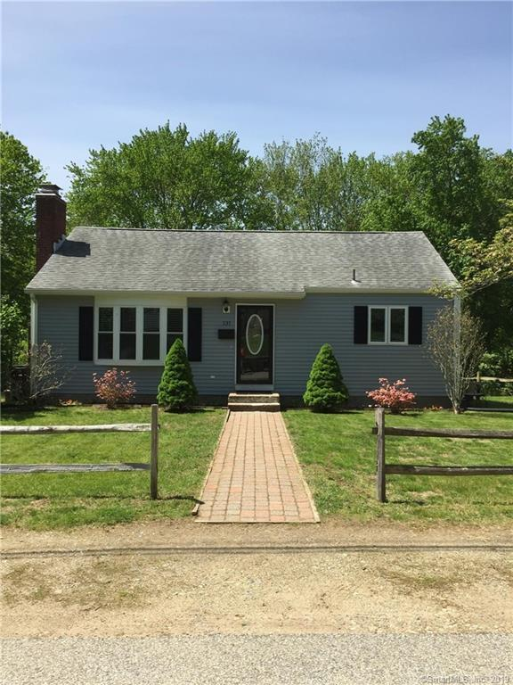 131 Gill Street, Colchester, CT 06415 (MLS #170199097) :: Spectrum Real Estate Consultants