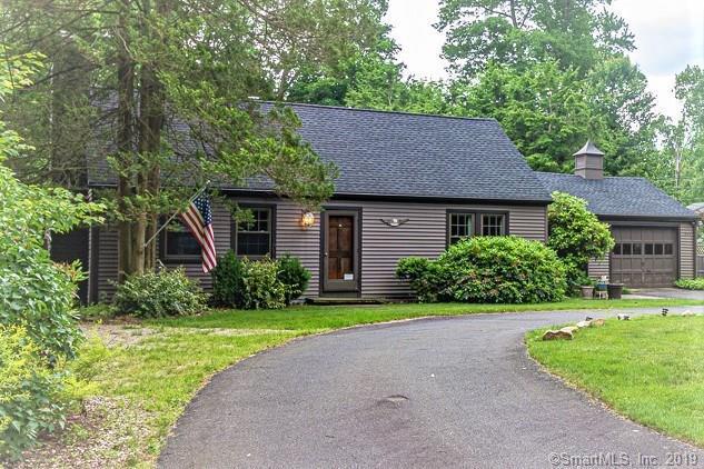 959 New Rock Hill Road, Wallingford, CT 06492 (MLS #170205199) :: Carbutti & Co Realtors