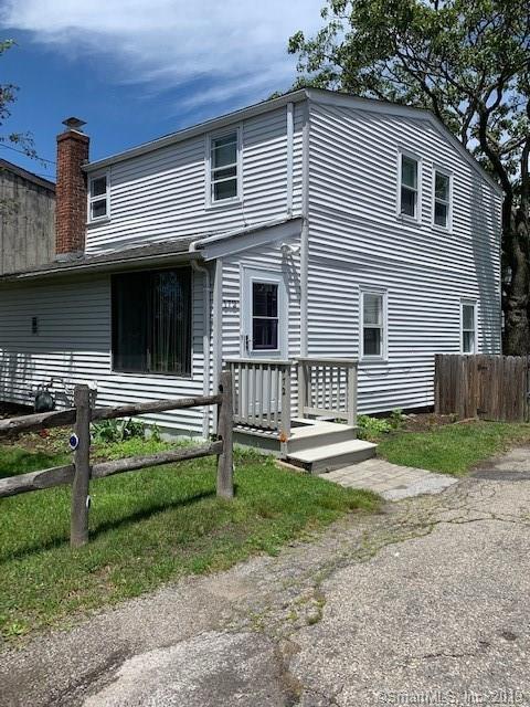 172 College Place, Fairfield, CT 06824 (MLS #170207447) :: GEN Next Real Estate