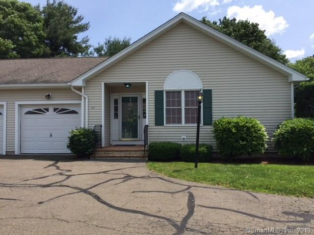 66 Long Hill Place, Trumbull, CT 06611 (MLS #170211565) :: Mark Boyland Real Estate Team