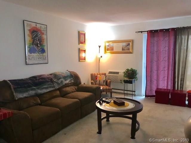 10 Tuttle Street 2E, Stamford, CT 06902 (MLS #170211689) :: Mark Boyland Real Estate Team