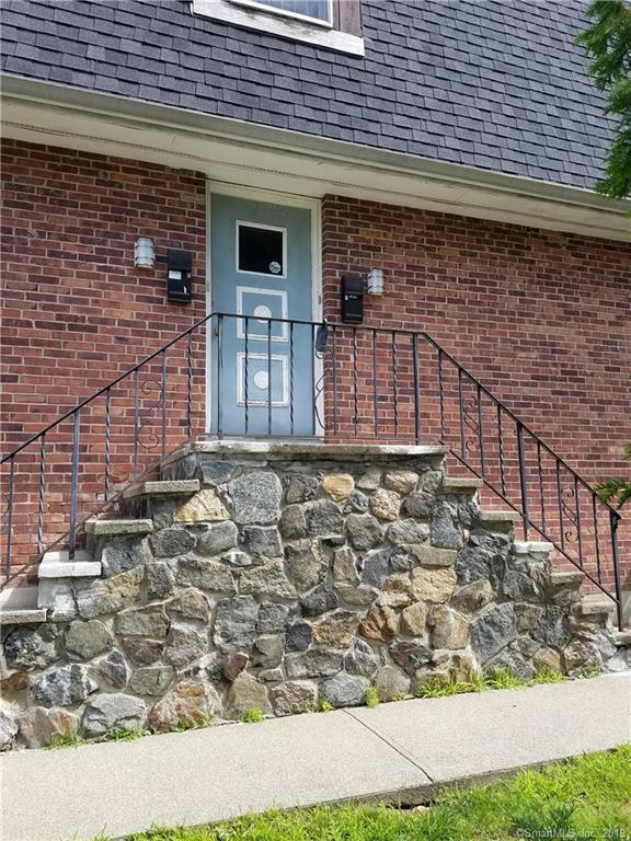 4 Farview Avenue #5, Danbury, CT 06810 (MLS #170212244) :: Mark Boyland Real Estate Team
