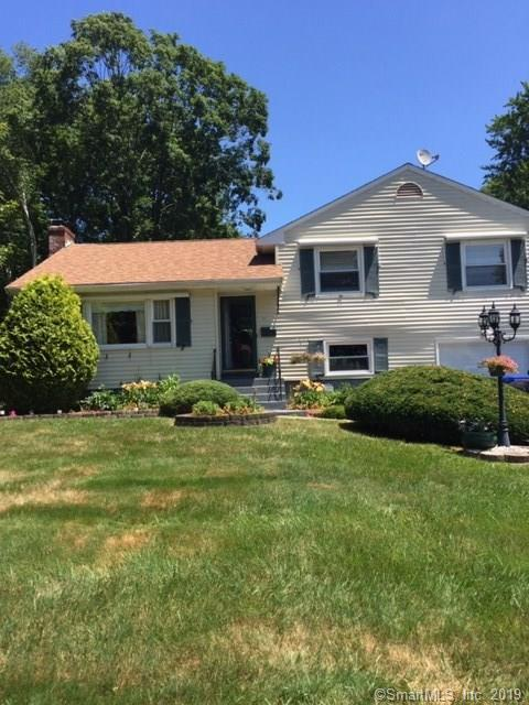 3 Crestview Drive, Bloomfield, CT 06002 (MLS #170215523) :: NRG Real Estate Services, Inc.