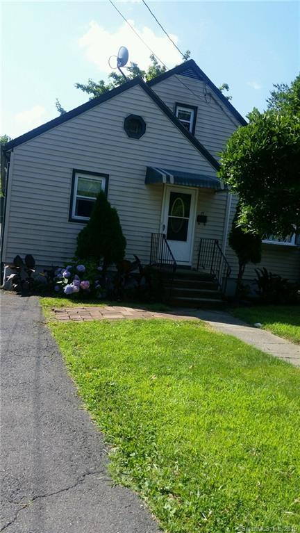 77 Robin Street, Bridgeport, CT 06606 (MLS #170216030) :: Mark Boyland Real Estate Team