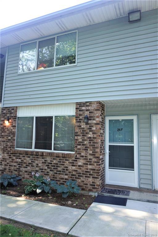 140 Thompson Street 24F, East Haven, CT 06513 (MLS #170216254) :: Carbutti & Co Realtors
