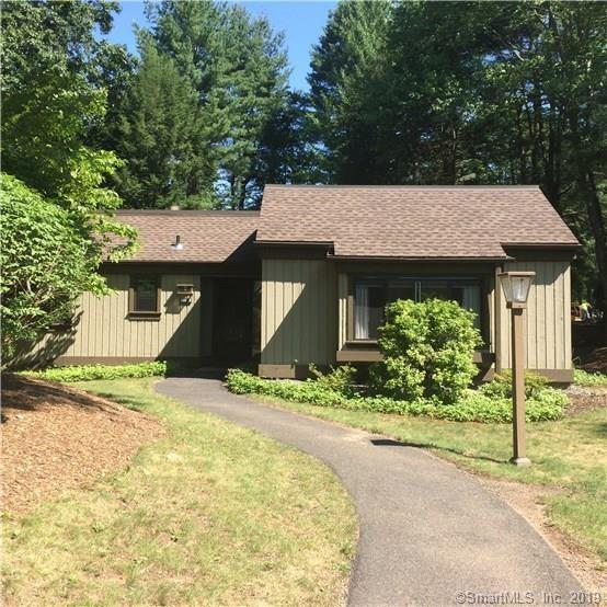 595 Heritage Village B, Southbury, CT 06488 (MLS #170217381) :: GEN Next Real Estate