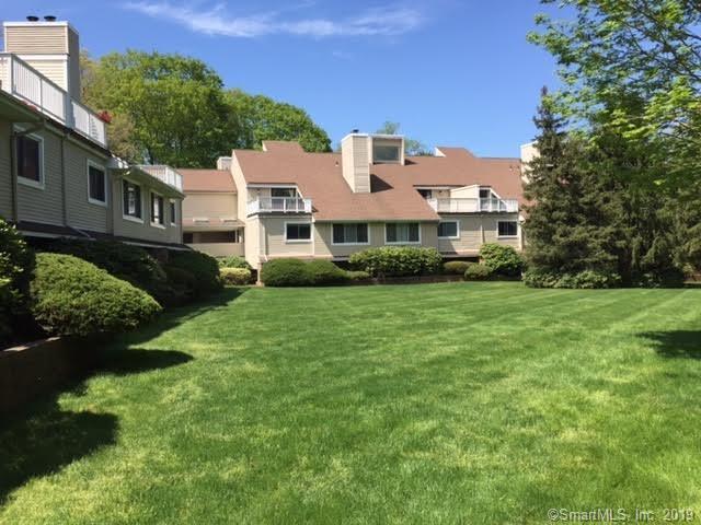 301 Post Road E #9, Westport, CT 06880 (MLS #170217805) :: GEN Next Real Estate