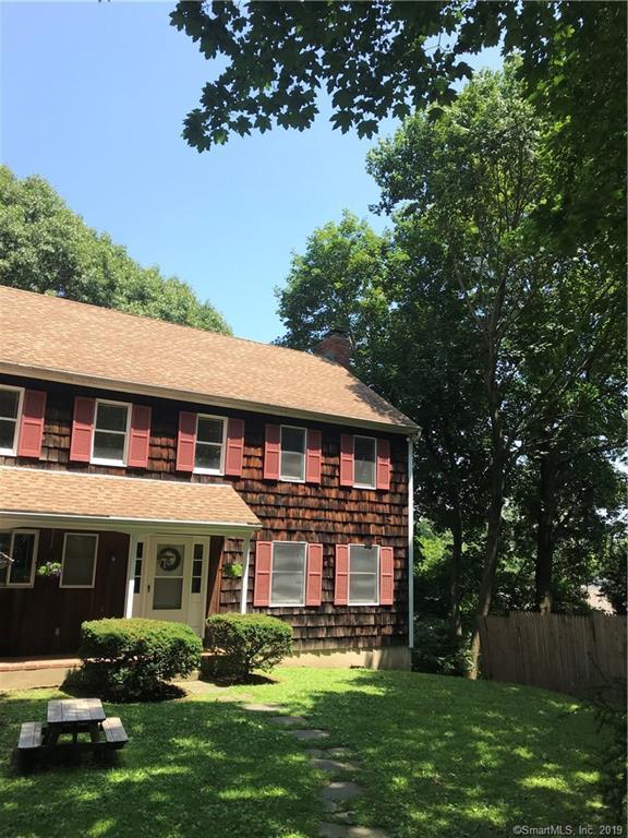 10 Sickle Bar Lane, Greenwich, CT 06878 (MLS #170218191) :: GEN Next Real Estate