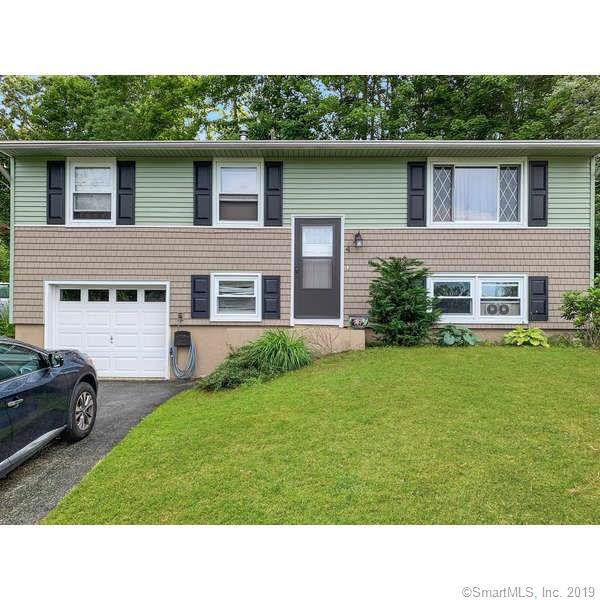 4 Country Club Drive, Ledyard, CT 06339 (MLS #170235727) :: Anytime Realty