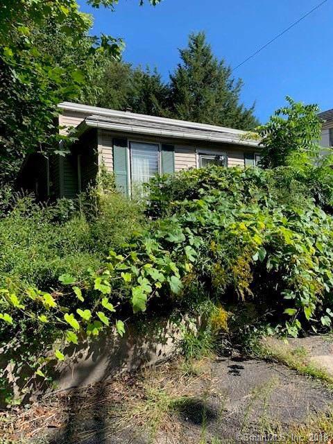251 Hillside Avenue, Torrington, CT 06790 (MLS #170235733) :: Michael & Associates Premium Properties | MAPP TEAM