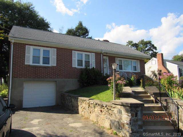 886 Lakeside Drive, Bridgeport, CT 06606 (MLS #170236470) :: The Higgins Group - The CT Home Finder