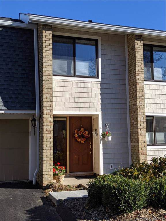199 Gregory Boulevard B2, Norwalk, CT 06855 (MLS #170244783) :: The Higgins Group - The CT Home Finder